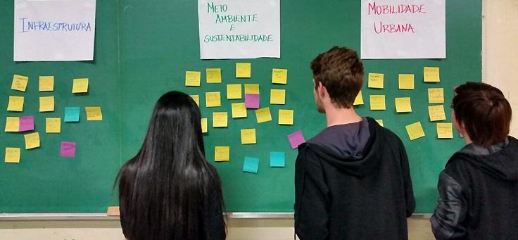 Programa Pense Grande inicia formação inédita em escolas técnicas de São Paulo