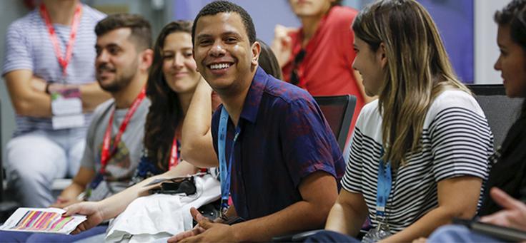 Imagem mostra Ricardo Terto sorrindo