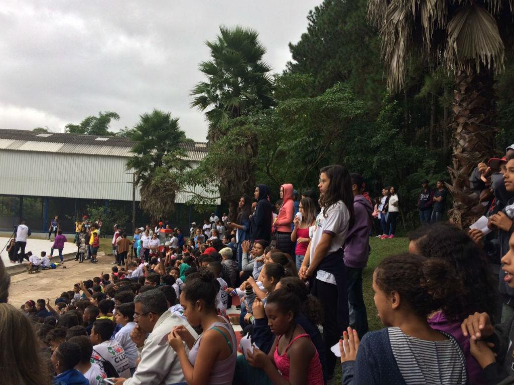 Público confere a inauguração da pista de skate no Complexo Educandário no Butatã, em São Paulo