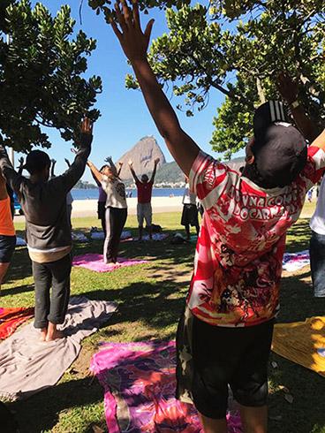 Yoga_na _rua3