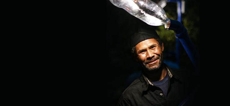 Projeto Litros de Luz leve iluminação para regiões carentes de eletricidade