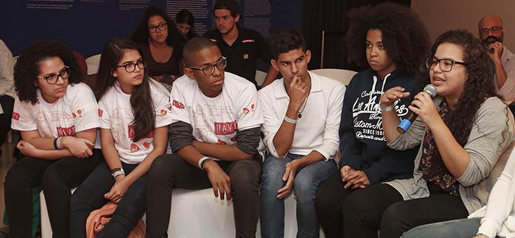 Estudantes da Escola Municipal André Urani, participante do programa Inova Escola, da Fundação Telefônica, e do colégio estadual NAVE, também do Rio, participaram dos debates do Educação 360 Tecnologia