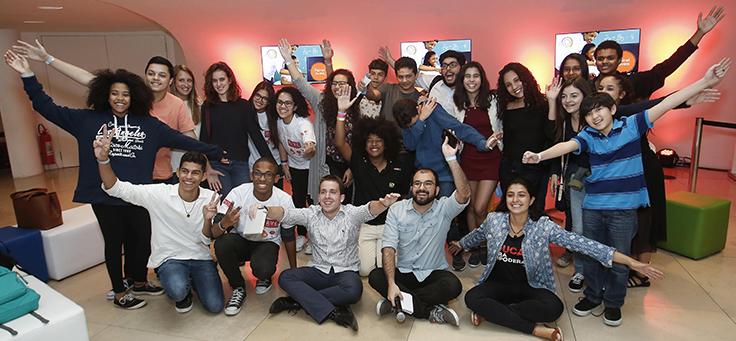 Participantes do Painel Jovem , que reuniu estudantes de várias idades