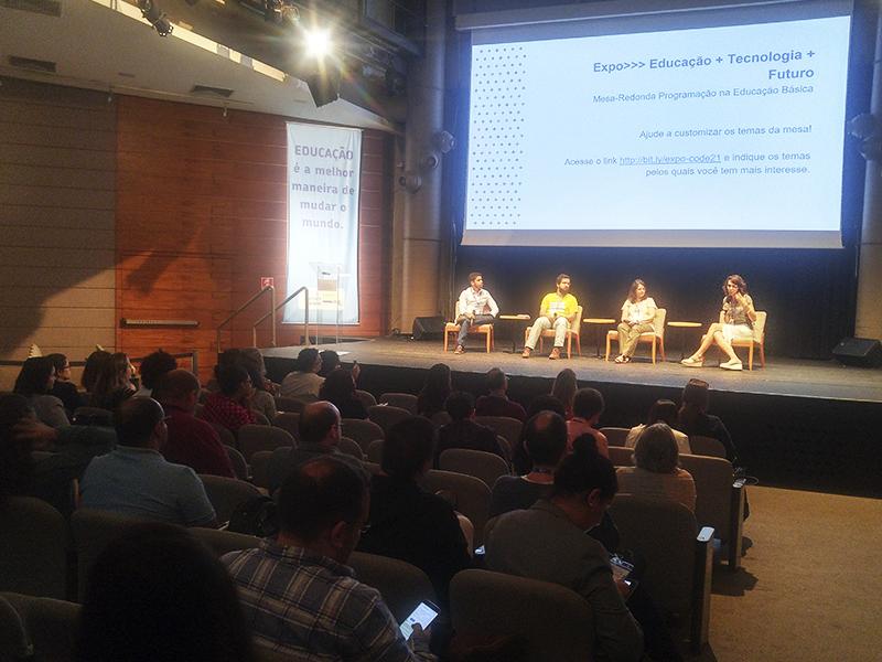 Painel no Expo: Educação, Tecnologia, Futuro