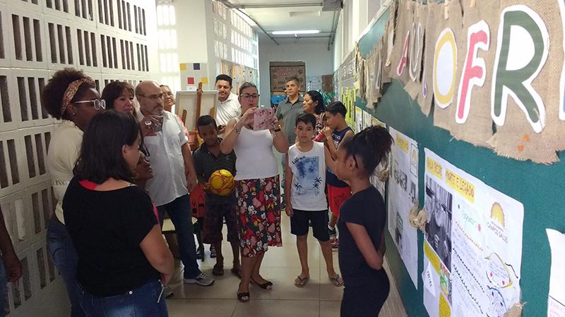 Braz Nogueira visita a mostra cultural dos 60anos da Campos Salles