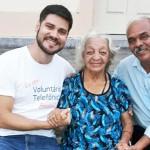 Voluntário promove reencontro entre mãe e filho após 53 anos