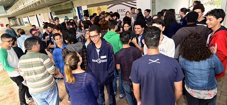 Jovens empreendedores das ETECs