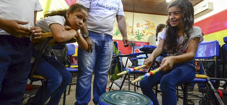 Estudantes participam de atividade escolar durante o Vacaciones Solidárias em Manaus