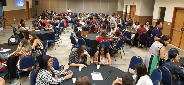 Educadores interagem durante formação do Aula Digital em Sergipe