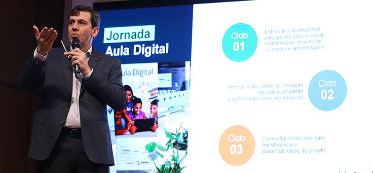 Imagem do evento de lançamento do Aula Digital em Goiânia