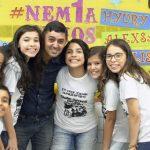 Com literatura de cordel, professor ultrapassa os muros de escola no Ceará